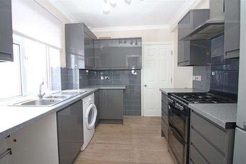 5 bedroom semi-detached house to rent - Macdonald Road, London