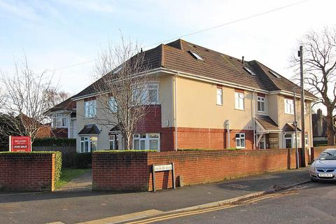 2 bedroom flat for sale - Uplands Road, Bournemouth