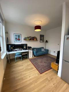 1 bedroom flat for sale - Chiswick High Road, London, ,, W4 4HH
