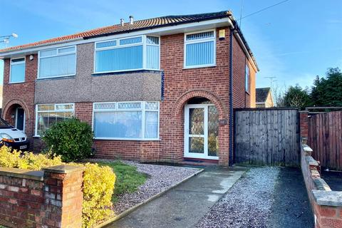 3 bedroom semi-detached house for sale - Summertrees Road, Great Sutton, Cheshire, CH66 2RP