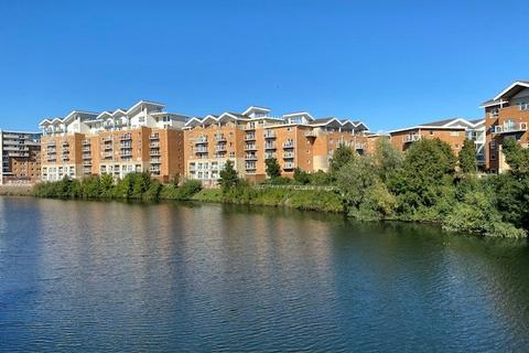 2 bedroom penthouse for sale - Penstone Court, Porto House, Cardiff Bay, Cardiff, CF10