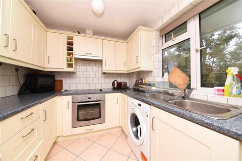 2 bedroom maisonette for sale - Bramley Close, Oakwood, Southgate, N14