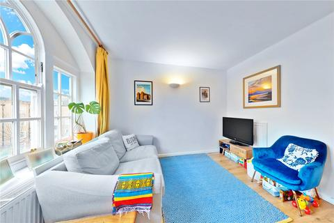 2 bedroom apartment for sale - Harcourt House, Albion Avenue, Clapham, SW8