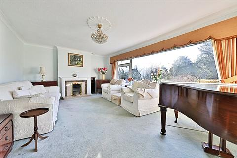 3 bedroom bungalow for sale - The Crescent, Welton, Brough, HU15