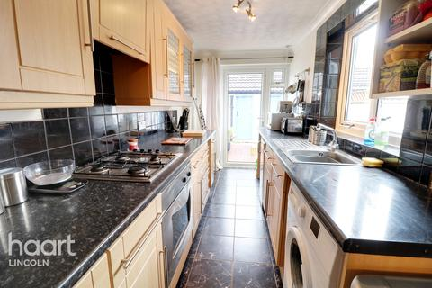 2 bedroom terraced house for sale - Kirkby Street, Lincoln
