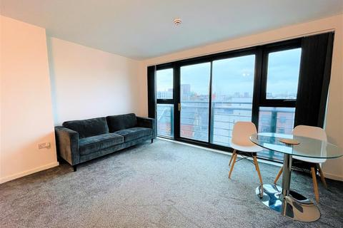 2 bedroom apartment to rent - City Point, 156 Chapel Street, Salford
