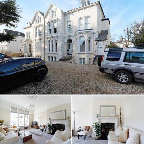 3 bedroom flat for sale - Shurdington Road, Cheltenham, Gloucestershire, GL53