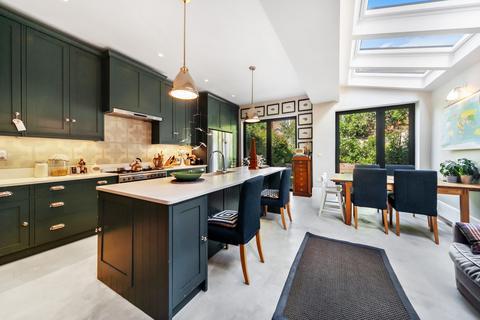 5 bedroom semi-detached house for sale - Julian Avenue, London, W3