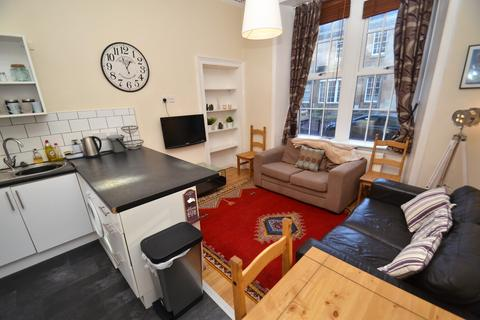 3 bedroom flat to rent - Buccleuch Street, Garnethill, G3