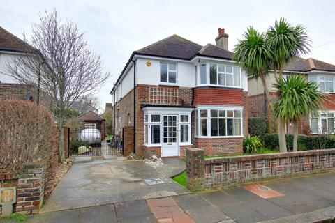 4 bedroom detached house for sale - Pendine Avenue, Worthing, West Sussex, BN11