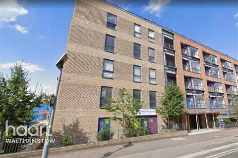 3 bedroom flat to rent - Gallery Court, Walthamstow