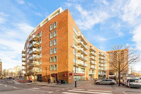 2 bedroom flat to rent - Maple Quays, Surrey Quays Road, London SE16