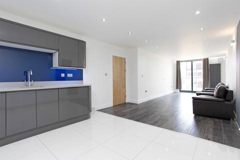 3 bedroom apartment to rent - Copperfield Road, Mile End, London