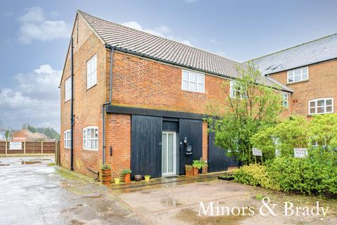 2 bedroom barn conversion for sale - Back Lane, Martham