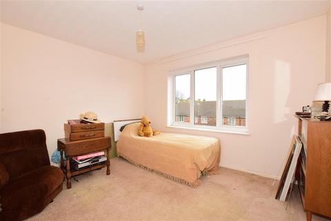 2 bedroom flat for sale - Downview Road, Worthing, West Sussex