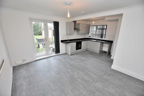 3 bedroom house to rent - Court Road, Wolverhampton