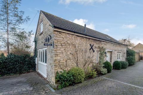2 bedroom character property for sale - Two Hoots Cottage, Nook Lane, Empingham, Oakham, LE15
