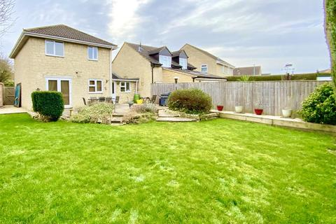 4 bedroom detached house for sale - Pheasant Way, Cirencester