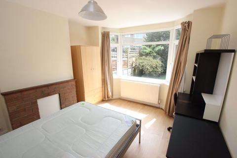1 bedroom in a house share to rent - Brookfield Crescent, Oxford