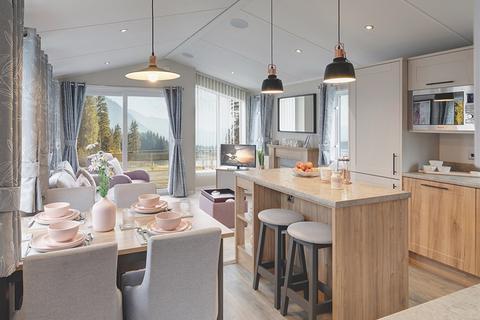 2 bedroom mobile home for sale - Willerby Waverley, Llanrug, Caernarfon, Wales LL55 4RF
