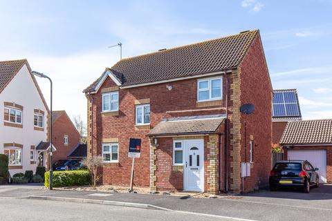 3 bedroom detached house for sale - Kingfisher Drive, Westbourne