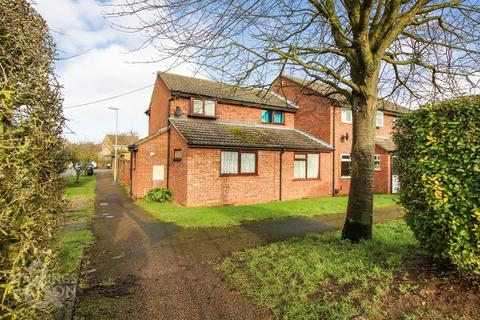 3 bedroom end of terrace house for sale - Greenacre Close, Brundall, Norwich