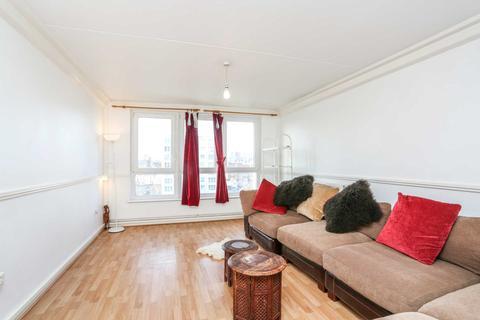 2 bedroom apartment to rent - Wick Road, Hackney, E9