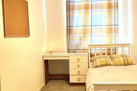 House to rent - Carteret Way, London, SE8