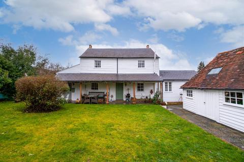 4 bedroom detached house for sale - Heath Road, Coxheath, Kent ME17