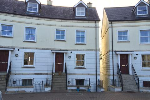3 bedroom terraced house to rent - Royffe Way, Bodmin PL31