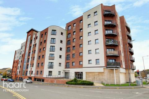 2 bedroom apartment for sale - Hawksbill Way, Peterborough