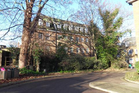 2 bedroom flat to rent - Wren House, High Street, Hampton Wick KT1