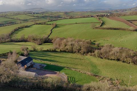 5 bedroom barn conversion for sale - Green Duffryn Barn, Newcastle, NP25