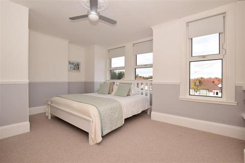 3 bedroom terraced house for sale - Approach Road, Broadstairs, Kent
