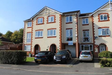 3 bedroom townhouse to rent - Potters Bar
