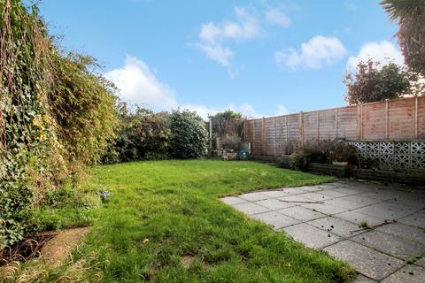 3 bedroom semi-detached house for sale - Rothbury Road, Chelmsford