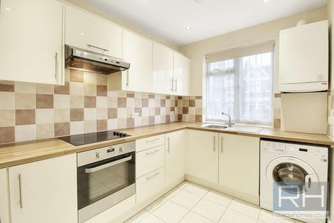 3 bedroom flat to rent - Arnos Grove Court, Palmers Road, N11