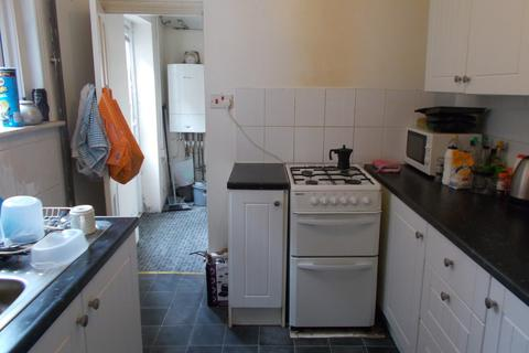3 bedroom terraced house to rent - Livingstone Road, Southampton