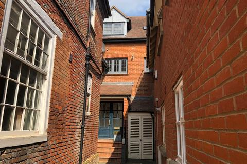 2 bedroom apartment to rent - The George Mews, Ringwood, Hants