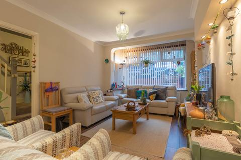 3 bedroom end of terrace house for sale - Grange Road South Norwood London SE25