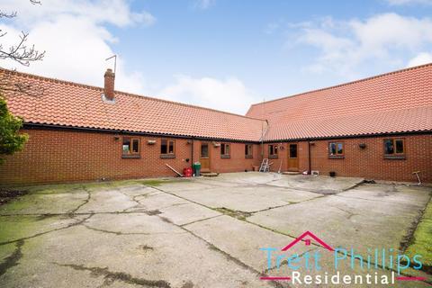 3 bedroom barn conversion for sale - Coast Road, Waxham