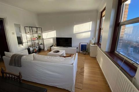 1 bedroom flat to rent - Stoke Newington Road, London