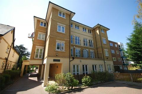 2 bedroom flat to rent - Montgomerie Court, 13 Copers Cope Road, BECKENHAM, BR3
