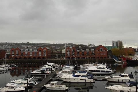 2 bedroom apartment for sale - Ambassador House, Marina, Swansea