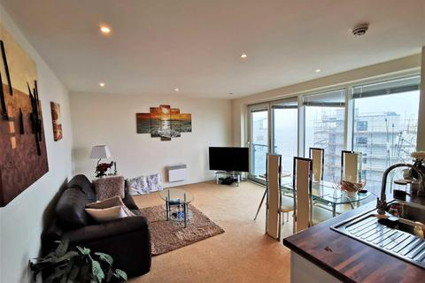 1 bedroom apartment for sale - Meridian Tower Trawler Road, Marina, Swansea
