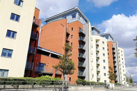 1 bedroom apartment for sale - South Quay Kings Road, Marina, Swansea