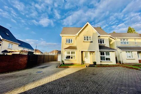 6 bedroom detached house for sale - Millwood Gardens, Killay, Swansea
