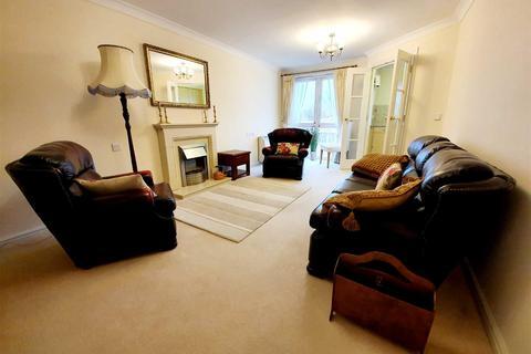 2 bedroom apartment for sale - Cwrt Hywel, Gorseinon, SWANSEA