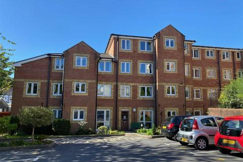 2 bedroom apartment for sale - Maxime Court, Sketty, Swansea