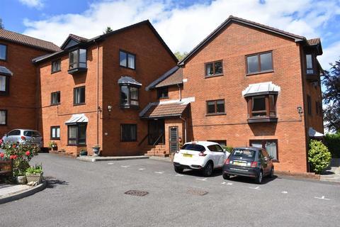 2 bedroom flat for sale - Folland Court, West Cross, Swansea